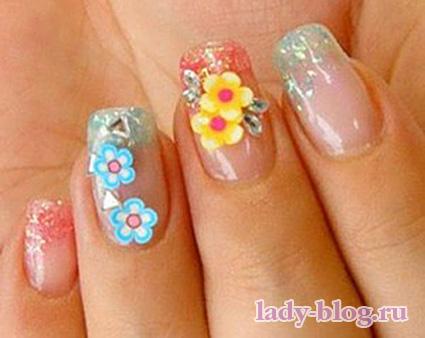 Рисунки на ногтях - цветы